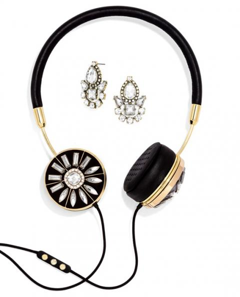 070814-fashionable-headphones-1-567_0.jpg